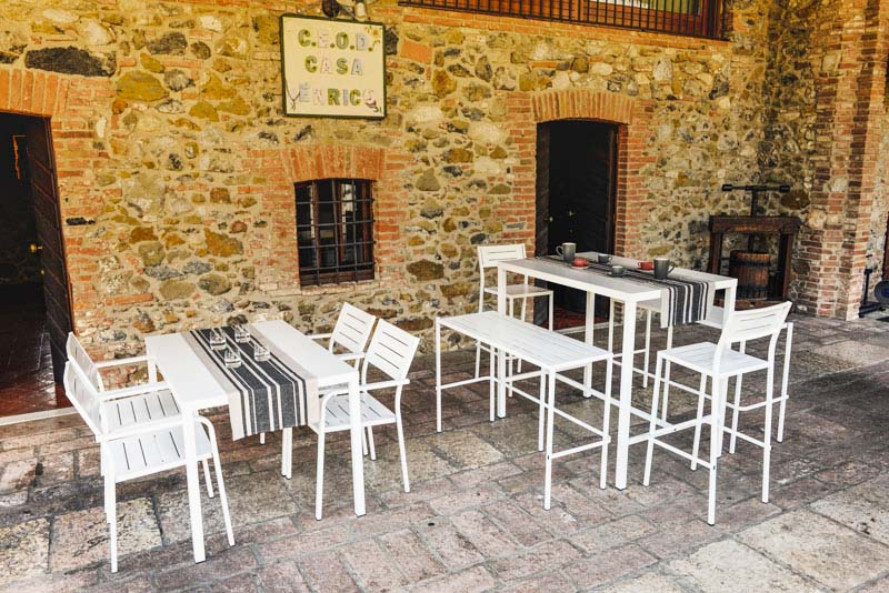 arredamento da esterno per bar e locali di piccole dimensioni